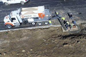 Mobile Batch Plant Pouring Cement Curb
